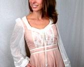 Vintage 1970s Gunne Sax by Jessica Pink Lace Prairie Boho Peasant Dress