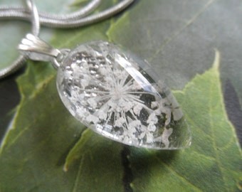 Queen Anne's Lace Petite Glass Teardrop Pressed Flower Pendant-A Wish For Peace-Gifts Under 25-Symbolizes Peace-Nature's Wearable Art