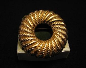 Vintage Monet Gold Tone Round Swirled Textured Circle Pin Brooch