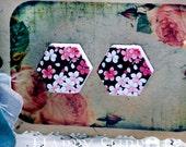 Buy 1 Get 1 Free - 20pcs  (WE33)  Hexagon Handmade Photo Wood Cut Cabochon (Back White)