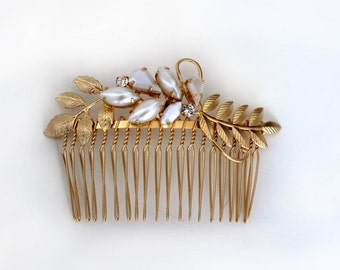 Victoria Comb, Gold Pearls Comb, Bridal Comb, Bridal Hair Accessory, Inlaid Pearls, Hand Made, Wedding Hairpiece, Golden Leaves Bride Comb