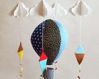 Mobile, Crib mobile, nursery mobile, baby shower gifts, baby mobile, air baloon mobile