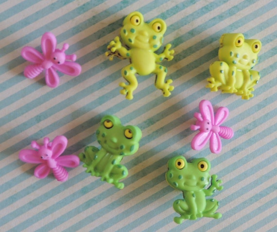 "Frog & Bug Buttons, Packaged Novelty Button Assortment Pack ""Happy Frogs"" by Dress It Up, Shank Back Buttons, Sewing, Crafting Buttons"