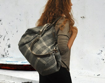 Handmade shopping bag,Julia in grey plaid cotton canvas with leather details MADE TO ORDER From iyiamihandbags