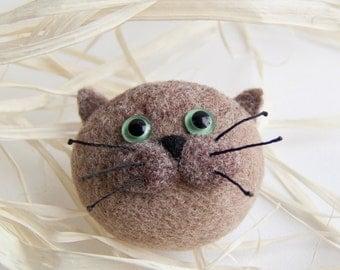 Felted Cat Brooch - Small Gift - Needle Felted Brooch - Felt Brooch