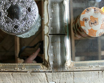 2 Vintage Clear Frames with Mirrors / Vanity Mirrored trays