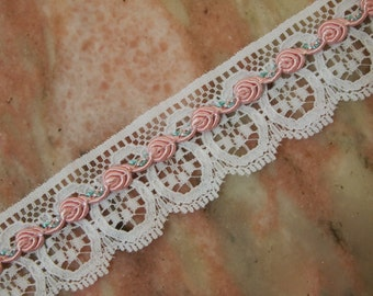 gorgeous VINTAGE LOOK shappy chic style pink embroidered rosebuds on white flat lace ribbon 1 inch