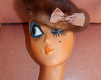 Beautiful vintage 40's 50's brown real fur mink bombshell pin up cocktail party beret hat with large satin bow by Morgan's