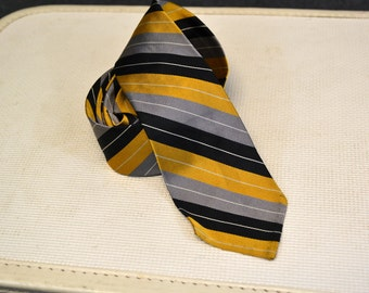 1950s Townsman Diagonal Stripe Necktie
