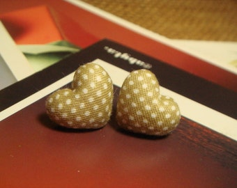 Light Brown And White Polka Dots Heart Shaped Fabric Covered Button Stud/Post Earrings (E148)