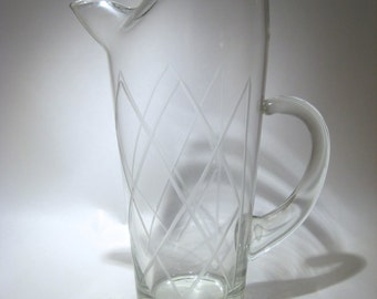 Martini Pitcher with Etched Diamond Pattern