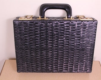 Vintage - 60s - Mod - Black - Vinyl - Basket Weave - Brass Metal Handle - Latch - Hand Bag - Purse - Briefcase