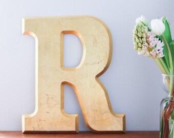 Vintage Shop letter R, Gold Leaf, Serif