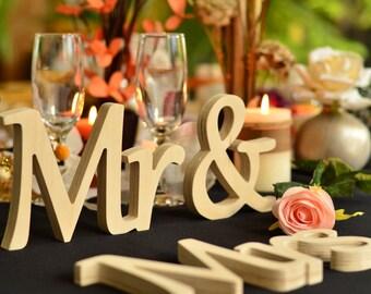 MR & MRS wedding table decoration wood sign,  freestanding wooden sign for top table , Wedding table decor, cursive mr Mrs sign