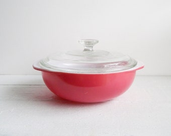Vintage Pyrex Pink 2 Quart Casserole Bowl with Lid, 1950s, Flamingo Pink Covered Dish