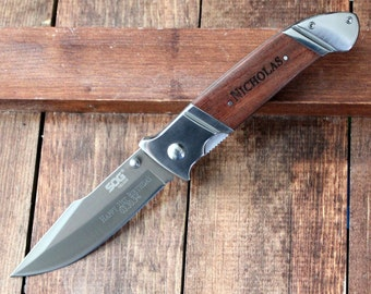 Order of 4 Groomsmen Knives: SOG Fielder XL, Folding Knives - Personalized Groomsmen Gift, Birthday, Christmas, Father's Day, Dad