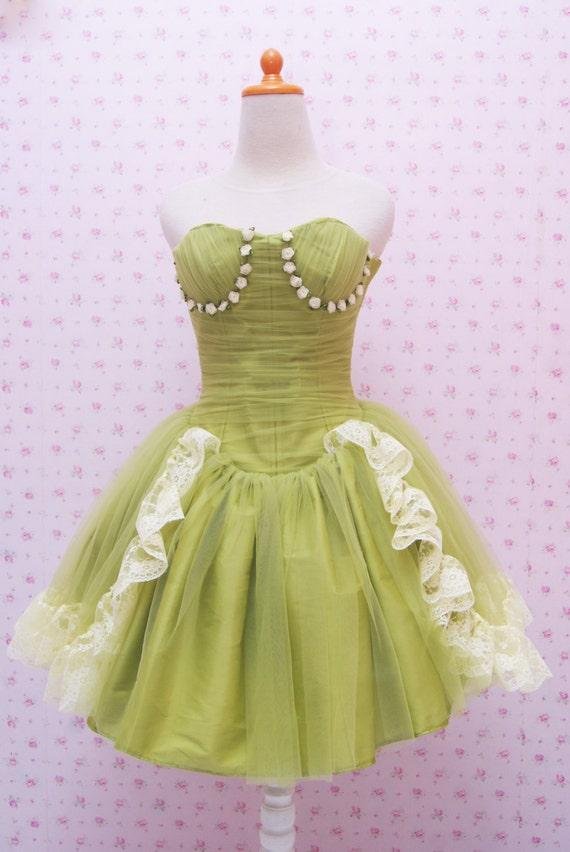 Green Puffy Tutu Bustier Short Wedding Dress - Exquisite Details.