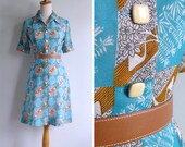Vintage 70's Swan Lake Turquoise Blue Novelty Print Collared Shirt Dress XS or S