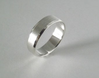 Classic Wedding Band with Beveled Edges - Handcrafted in Argentium Silver - Recycled Silver - 7mm