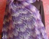 Wavy Lilac Lily-Patern Sahwl-Wrap
