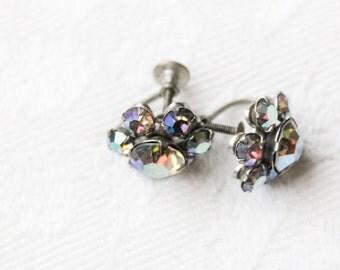 Flower Earrings. - Glass. Aurora Borealis. Screw Backs. // Vintage Little Studs, Sparkly Jewelry.