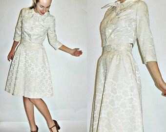 SALE  1950s CREAM Brocade Skirt & Cropped Jacket Set