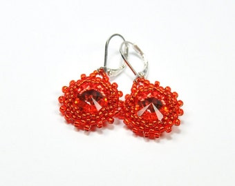 Swarovski Rivoli Earrings. Beaded Rivoli Earrings. Seed bead earrings. Beaded earrings. Bohemian jewelry. Red earrings.