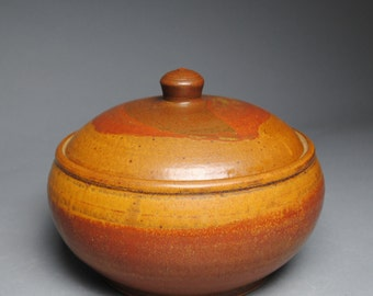 Clay Lidded Casserole Baking Dish Red Orange A15