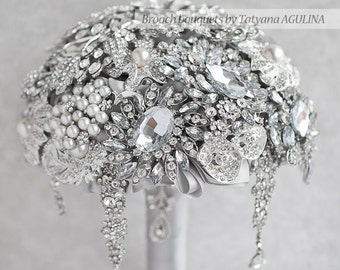 Brooch bouquet.  The Great Getsby Crystal wedding brooch bouquet, Jeweled Bouquet. Quinceanera keepsake bouquet
