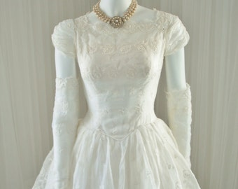 1950 White Wedding Peplum Dress with Ballgown Skirt and Caplets in Unique Linen Chiffon