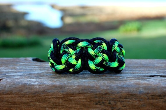 Celtic Eternity Knot Paracord
