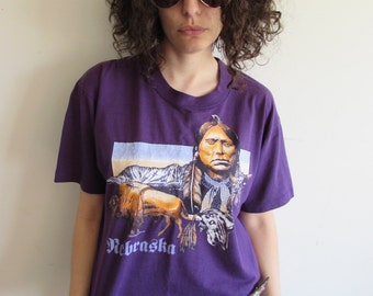 Vintage Purple Hipster Indie Festival Native American Head Dress Indian Nebraska Tribal T shirt