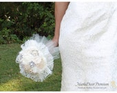 Large Wedding Brooch Bouquet Bridal Custom Beaded Bouquet Jewelled Flower Bridesmaids Bouquet in Ivory, Cream and Champagne