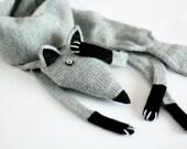 Grey knitted Fox scarf in high quality italian alpaca blend yarn