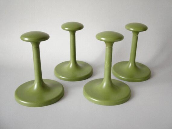 vintage mid century modern coat hooks avocado green coat. Black Bedroom Furniture Sets. Home Design Ideas