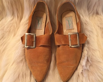 Suede Point Toe Buckle Shoe