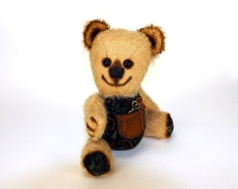 Artist mohair teddy bear Emil. With a small pocket on the belly.