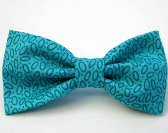 Dog Bow Tie, Aqua.  Removable and Adjustable, Bow Tie for Dogs and Weddings, Made to Order in Your Choice of Size