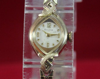 Vintage 1974 ladie's Bulova 17 Jewels 10K R,G,P Mechanical Watch