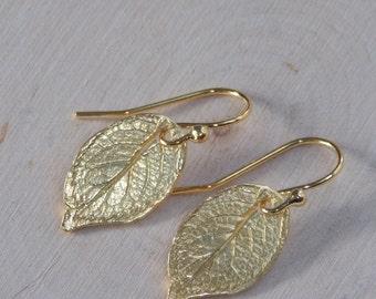 Gold Leaf Earrings / Leaf Earrings / Small Gold Earrings / Rustic Earrings / Rustic Earrings / Flower Petal Earrings / Leaf Jewelry/ Leaf