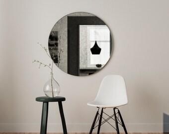 Petit miroir rond sans cadre petit par mirrorcooperative for Miroir rond sans cadre