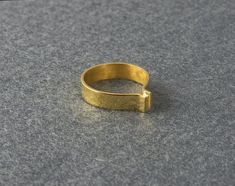 Folded Geometric Gold Ring