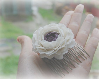 White purple ranunculus hair comb - Bridal white flower - Decorative combs - Flower hair comb