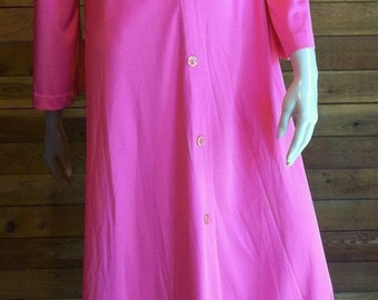 Vintage Lingerie 1960s LOUNGEWEAR by GOSSARD Pink Peignoir or Robe Small