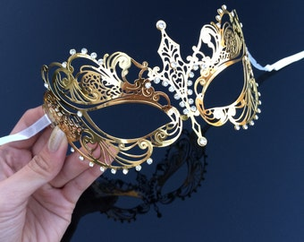 Masquerade Mask, Extravagant Gold Mask,  Gold Masquerade Mask, Masquerade Ball Mask, Mask with Rhinestones