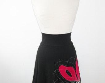 Skirt - Women - Waisted skirt - Above the knee skirt - Jersey skirt - Casual skirt - Day or evening skirt - Flower skirt PÉ14 Red