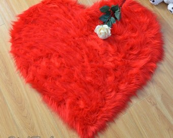 "Special 20 OFF Valentine Promo 5' or 60"" Diameter Heart Shape Rug Faux Fur Area Rug Gift for your love one Home Decor"