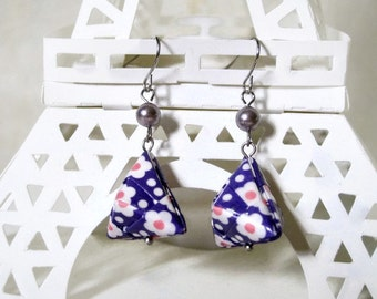 Origami Jewelry - Pyramid Paper Earrings - gift for her - Paper Jewelry - Origami Earrings - Geometric Earrings - WC04