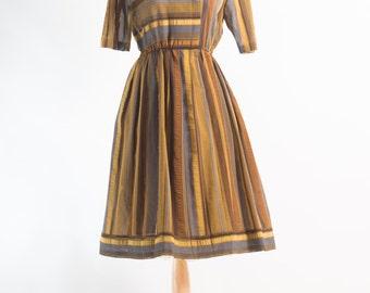 Vintage 1980s does 1950s Japanese Dress (Size 10 Aust / 6 USA / 10 UK)