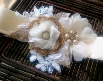 Burlap, Ivory, Lace Bridal Sash Belt With Vintage Style Button Brooches and Lace Applique - Lace Bridal Sash, Burlap Bridal Sash